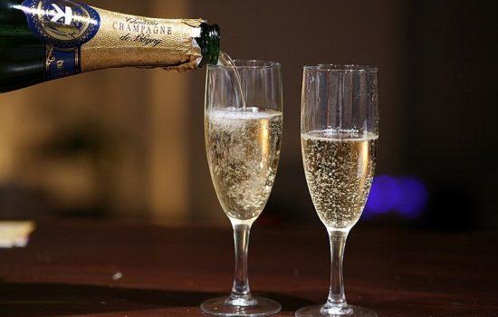 Champagne vs. Sparkling Wines