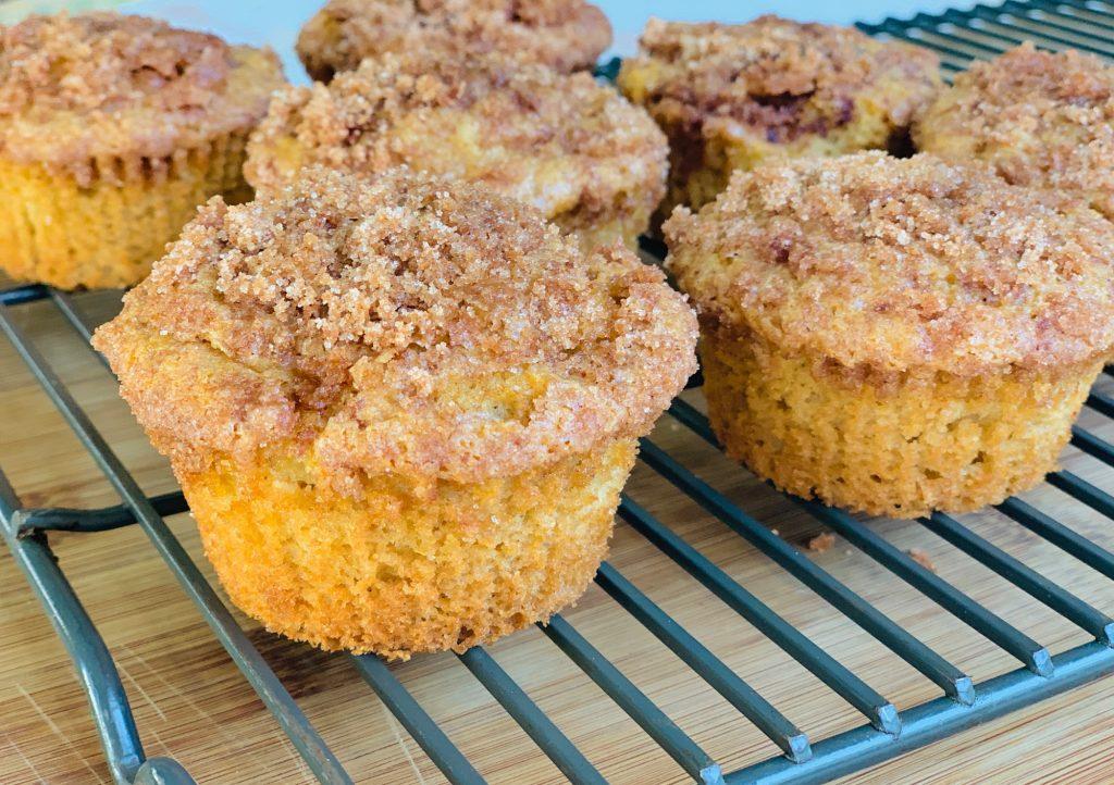 Cinnamon Apple coffee cake muffins