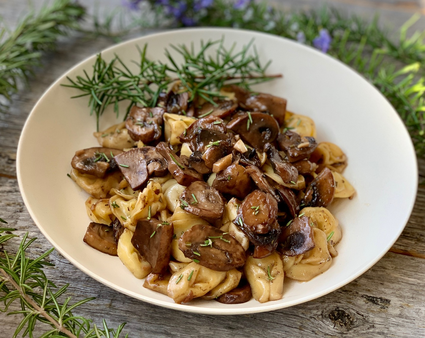 Garlic Mushrooms with Pasta