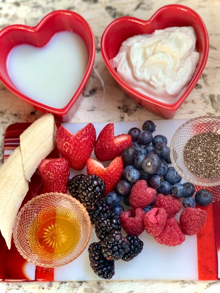 Berry Banana Smoothie Bowl Ingredients