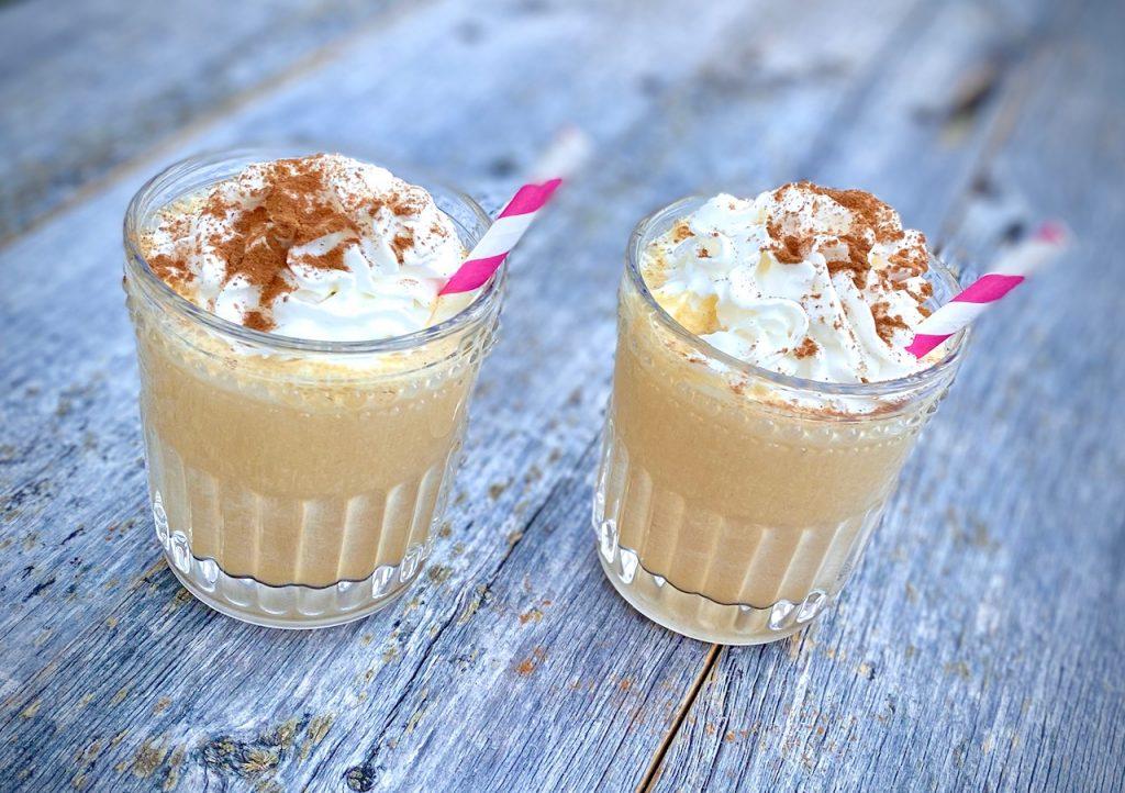 2 pumpkin spiced shakes