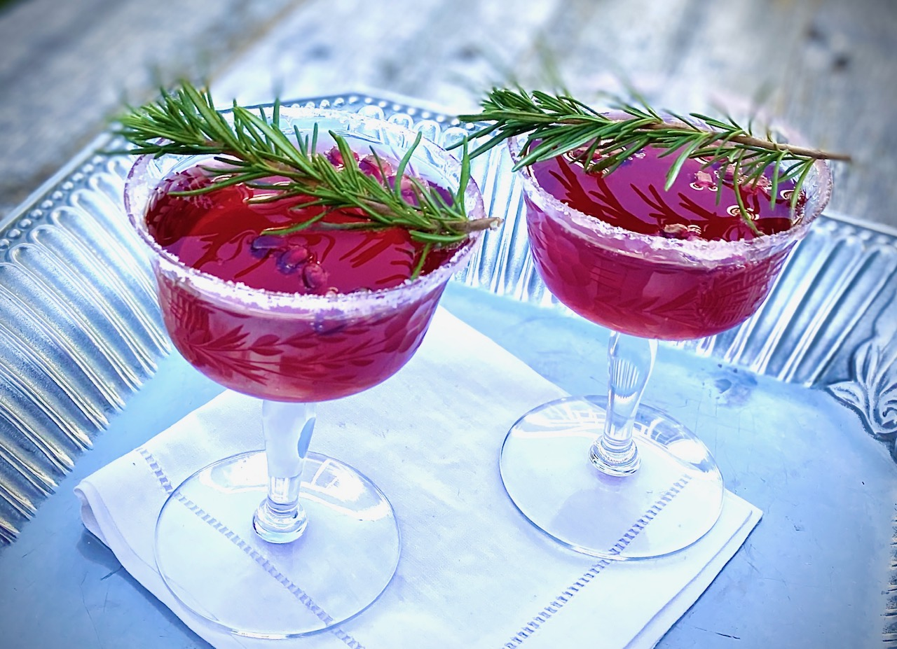 Prosecco Cocktails with Pomegranate